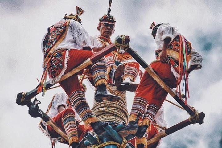 Voladores de Papantla, reconocidos como Patrimonio por la UNESCO. Foto: dafne