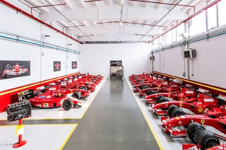 Bolidos en la Fábrica de Ferrari Foto: Página Gestión