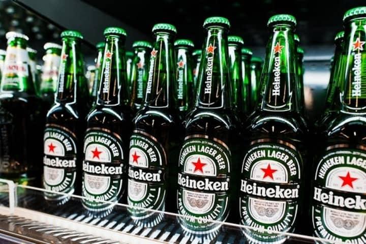 No sé tú, pero a mí ya me antojo una buena cerveza Heineken fría... Foto: Global Media