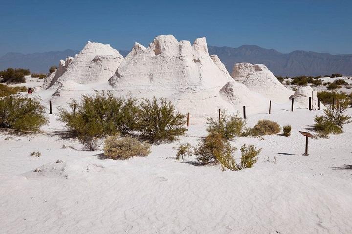Si te es posible, visita las Dunas de Yeso en Cuatro Ciénegas. Foto: Marcela González
