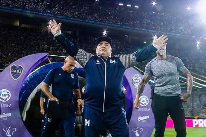 Maradona en el Templo Mundial del Fútbol Foto: Fútbol real