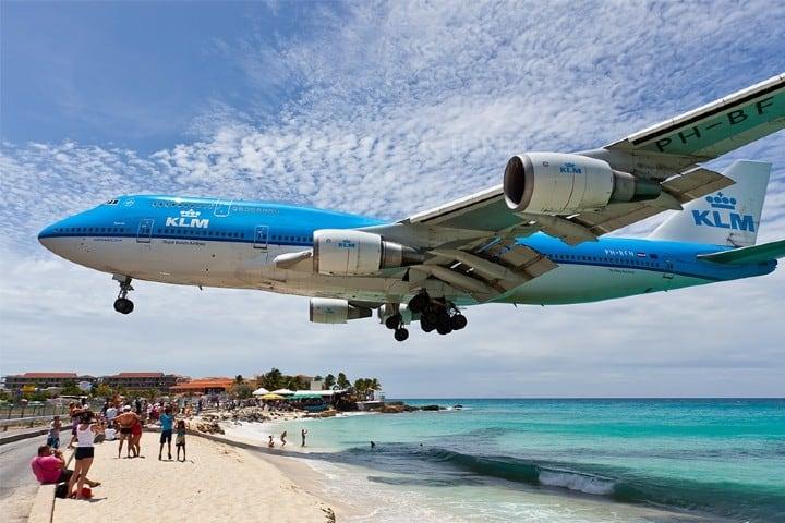 Playa y aviones Foto: Jetnews