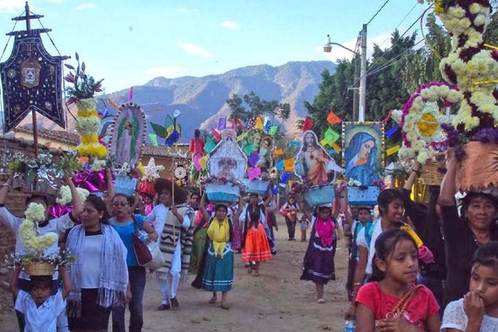 Recorrido por las calles de Oaxaca. Foto:  realidad oaxaca