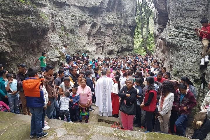 Misa en el Cañón de los Milagros. Foto: iturbide.travel