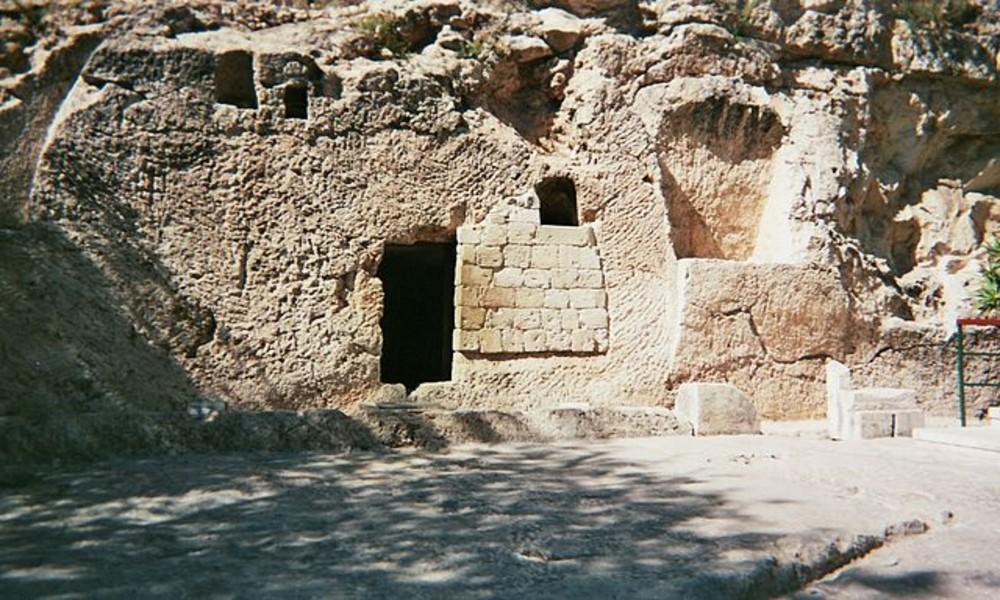 tumba jardin foto Porconocer (1)