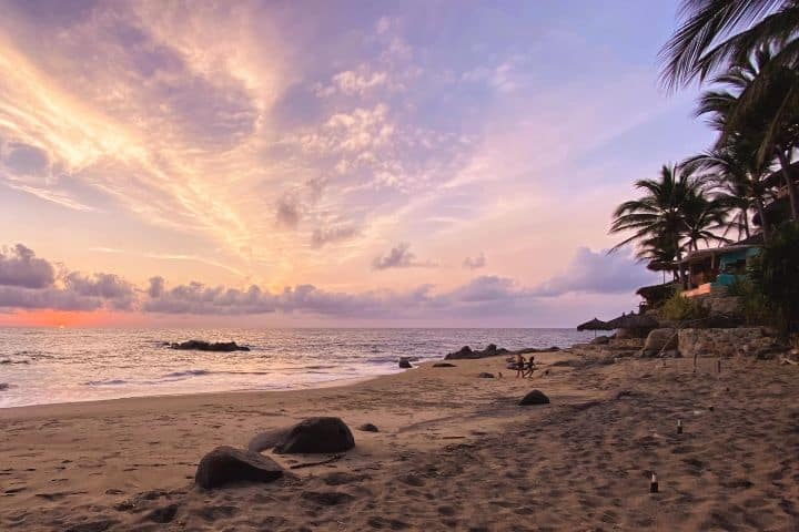 Atardecer-Foto_Fb-Playa-Escondida