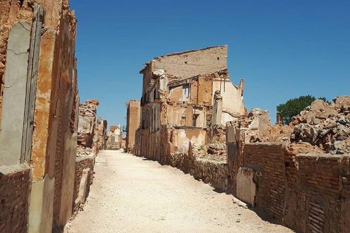 Belchite Viejo. Foto: puebloviejodebelchite Belchite Pueblo Viejo de España