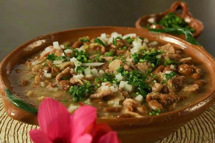 Carne en su jugo, emblemático de la gastronomía Jalisciense Foto: Kiwilimon