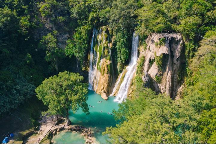 Cascada Minas Viejas en Huasteca Potosina Foto: Visit SLP