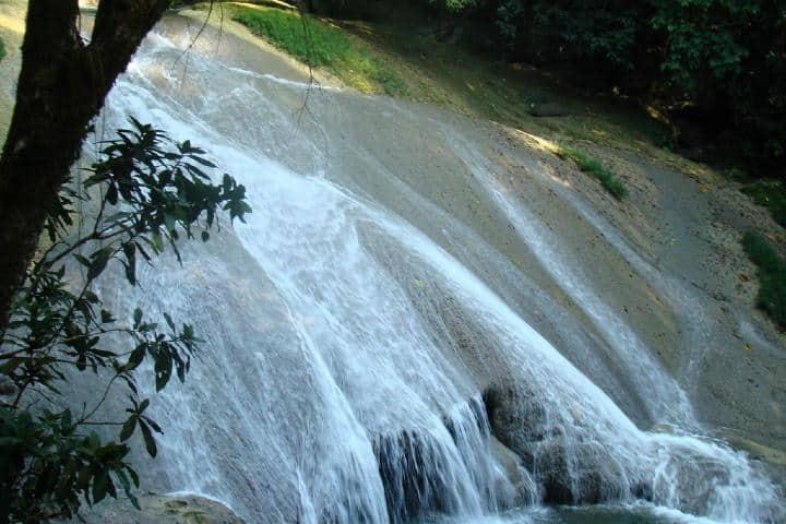 Cascadas Agua Blancas Foto: Mapio