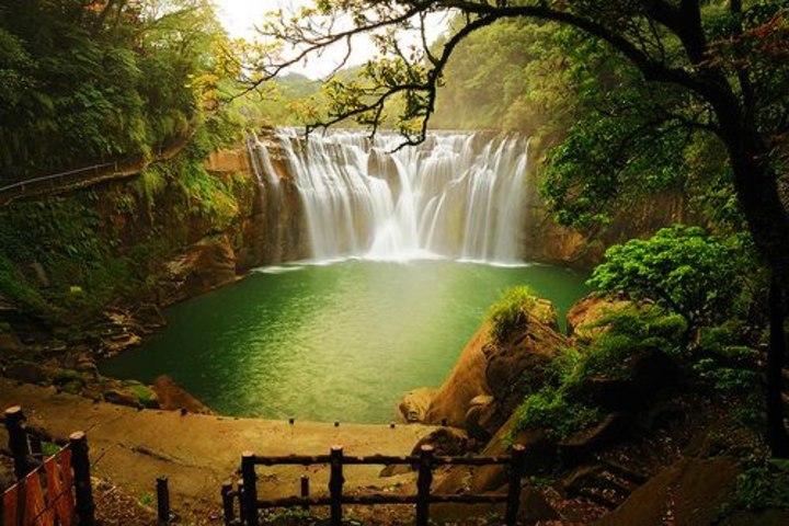 Cascadas Shifen en Taiwán China. Foto Tumblr.