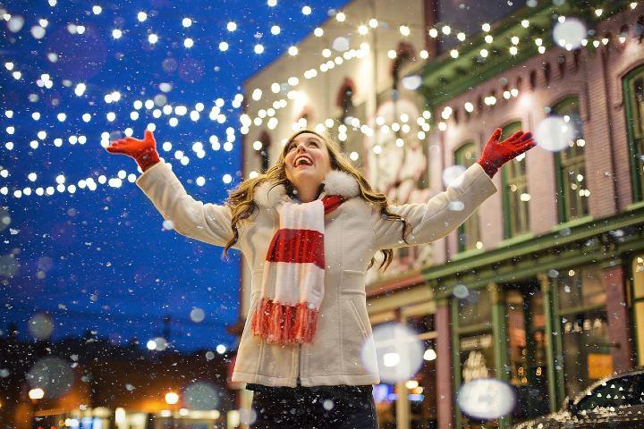 Ciudades iluminadas en Navidad. Foto Jill Wellington.