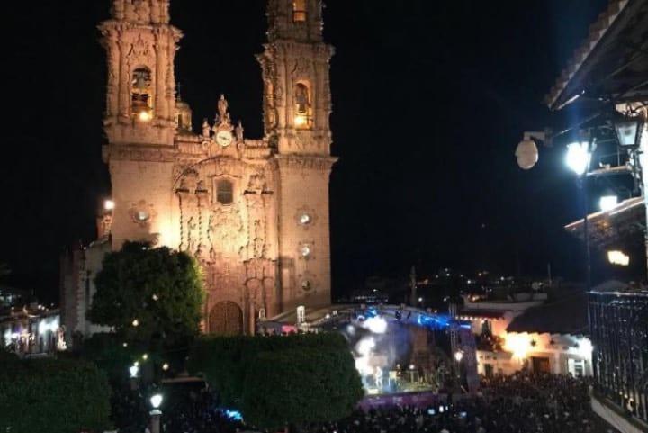 Conciertos inolvidables en la Feria Nacional de la Plata Foto: Kymmie4