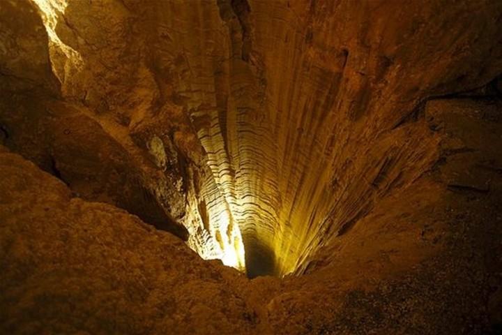 Cueva Glowwarm en Nueva Zelanda. Foto Deéby Ramos