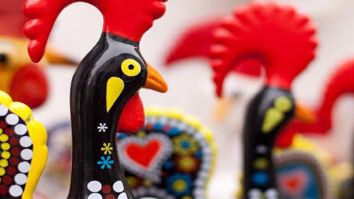 El Gallo de Barcelos de Portugal es un gran souvenir. Foto: La Región