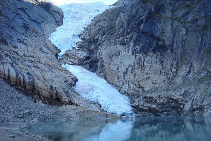 Glaciar Briksdal Foto: Efetur