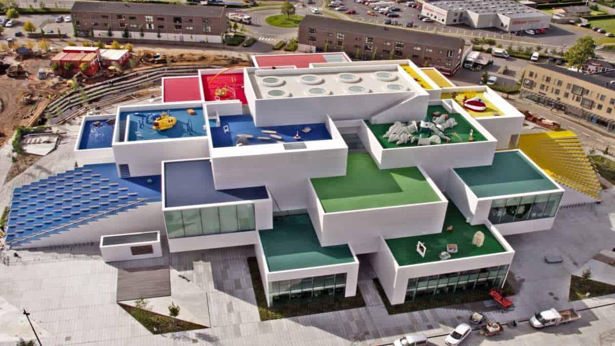 HighRes_2017-LEGO-House_preparations2