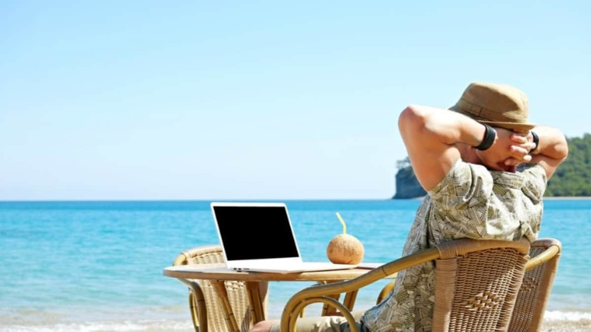 Home Office con City Express Foto_ Shutterstock