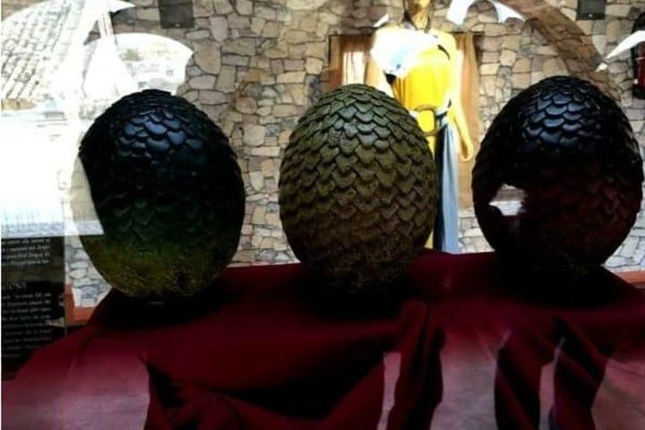 Huevos de dragón en el Museo de Osuna Foto: Sevilla pa tiesos | Facebook