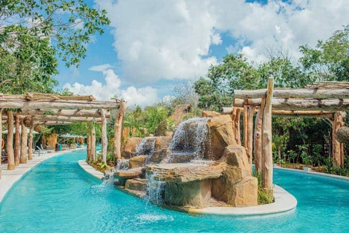 Jungla Aqua Experience une la elegancia con la diversión. Foto: Viajar a Rivera Maya