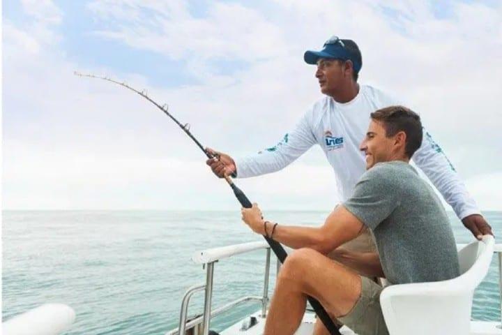 Pesca deportiva en Bahía Asunción Foto: Pacozea
