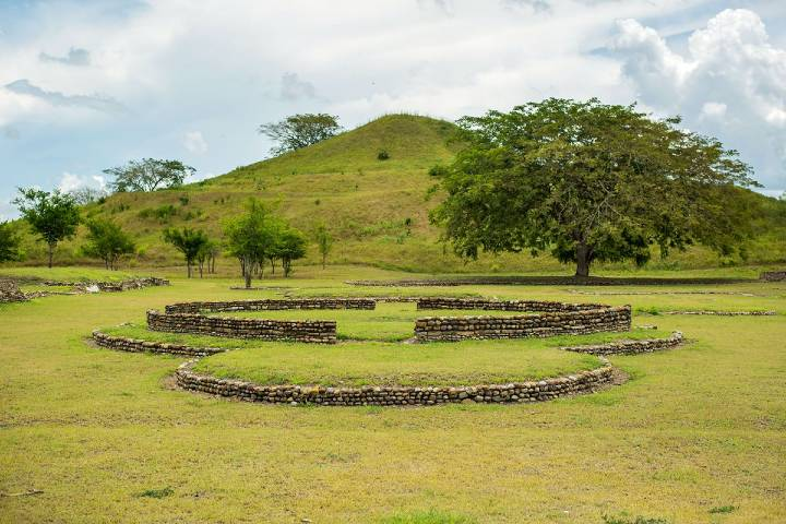 Sitio Arqueológico Tamtoc Foto: código San Luis