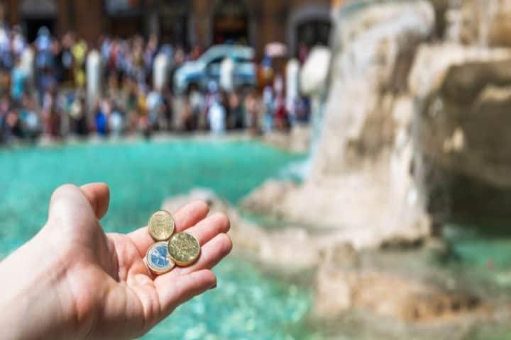 Te atreverías a sacar una moneda de la fuente Foto_ Buen día Tours