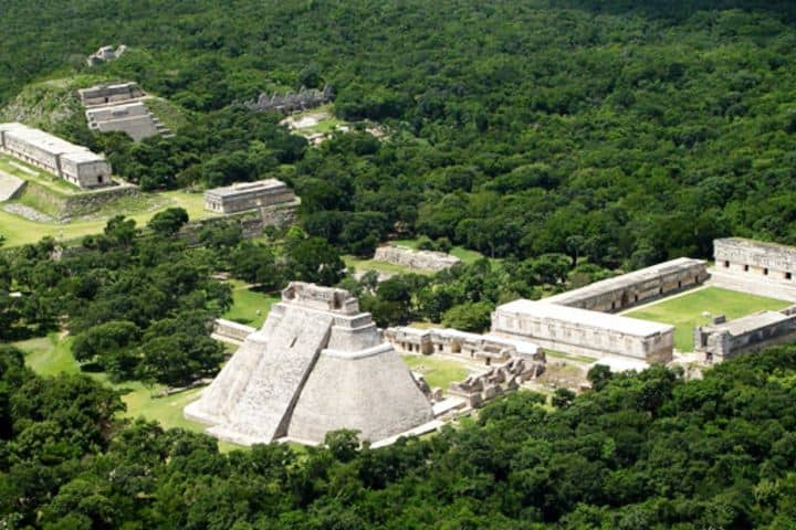 Ciudad de Uxmal Foto: Smithsonian Institution