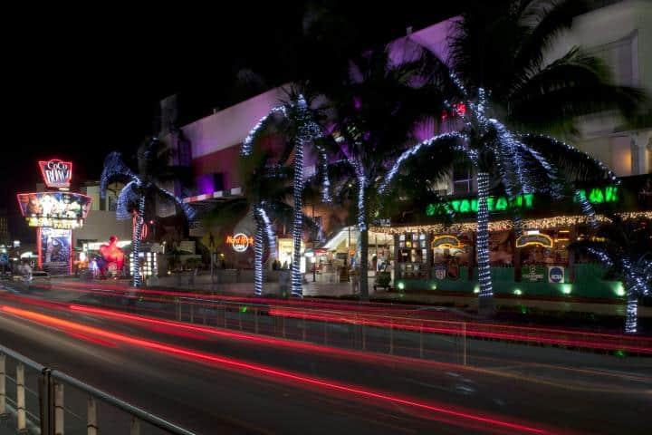 Vida nocturna en Cancún Foto: Aquatours Cancún