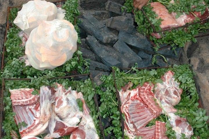 Prepara un delicioso Hangi Marori, la receta milenaria de Nueva Zelanda Foto: insight vacations