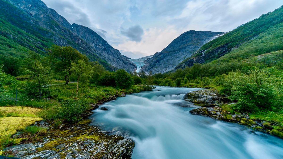 Briksdal Foto: Glaciar Briksdal en Noruega