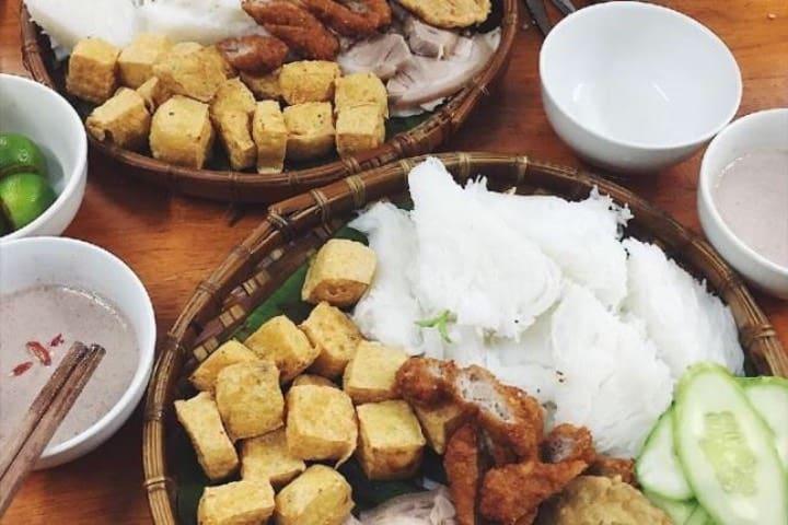 Bún Đậu Mâm Tôm ¡Una delicia de platillo de Vietnam! Foto: Archivo