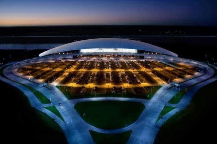 Aeropuerto Internacional Carrasco, Montevideo, Uruguay. Foto: Pinterest