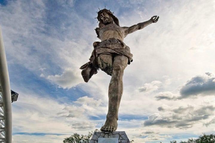 Aquí podrás visitar el Cristo Roto. Foto: Archivo