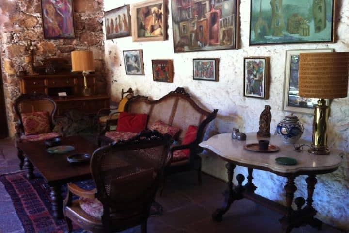 Arte en todas las paredes de la Casa Museo Gene Byron en Guanajuato. Foto: Sonic Boom