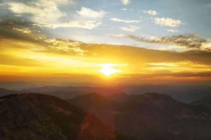 Así de hermosos son los amaneceres en Cuatro Palos, Querétaro. Foto: Archivo