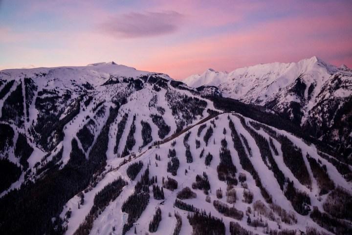 Aspen Snowmass- Colorado Ski Country USA