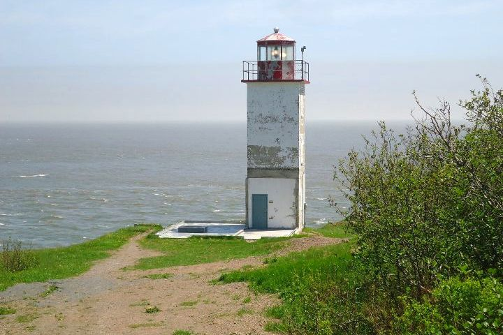 Bahía de Fundy en Canadá. Faro. Foto: Berma1