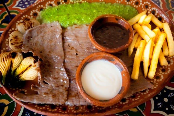 Una rica cecina podrá acompañar tu jornada laboral. Foto: Pueblos Mágicos de México