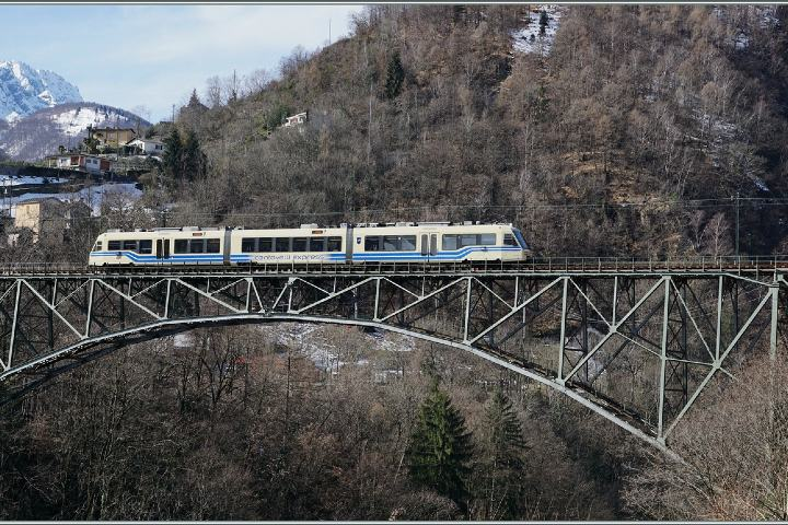 Centovalli Express Ferrocarriles. Foto:- Rail pictures