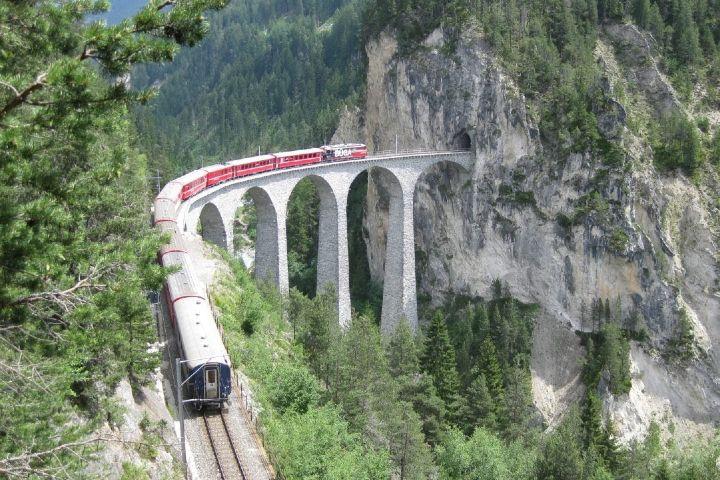 Viaje relajante entre dos fronteras. Foto: Swiss Travel SystemFoto-Rick Steves Travel Forum