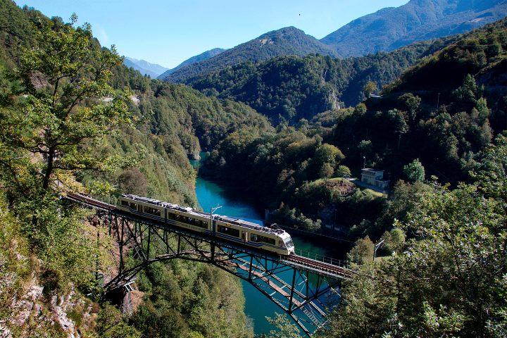 Centovalli-Express-Foto-Swiss-Travel-System