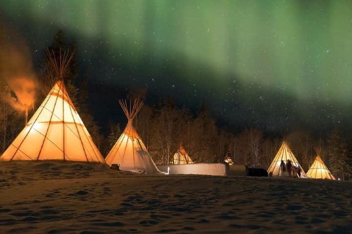 Auroras boreales en Yellowknife. Canadá. Imagen: grantswinbourne