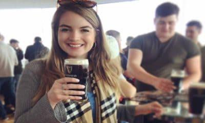 Disfruta de una cerveza dentro de la fábrica en Gravity Bar. Foto: Guinness Storehouse