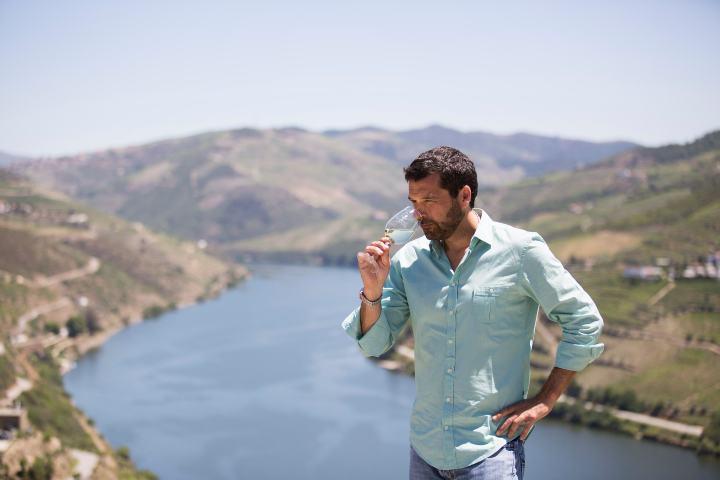 El viñedo ha pasado de generación en generación. Foto: Dinheiro Vivo