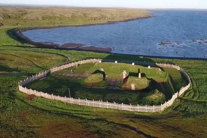 El asentamiento vikingo de L'Anse aux Meadows, Canadá. Foto: CruiseMapper