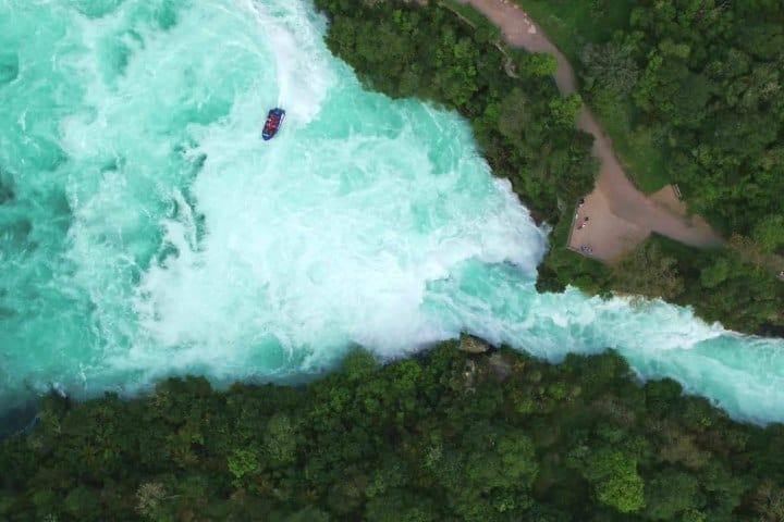 Cataratas de Huka en Nueva Zelanda. Foto: Fb- Hukafalls Jet, Lake Taupo, New Zealand.