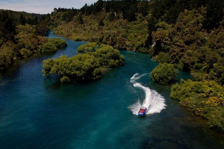 Foto: Fb- Hukafalls Jet, Lake Taupo, New Zealand.