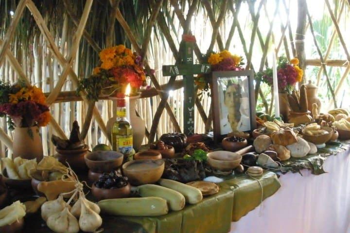 Conoce cuál es la comida tradicional del Hanal Pixan. Foto: Secretaría de Turismo de México