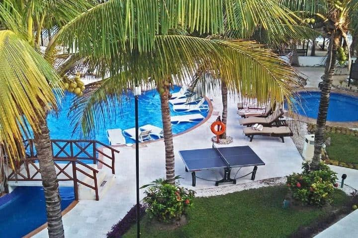 Hotel nudista de la Riviera Maya. Imagen: chalfonthol